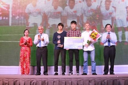 U19 Việt Nam đăng quang giải Fair Play 2014 - ảnh 3