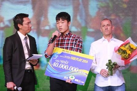 U19 Việt Nam đăng quang giải Fair Play 2014 - ảnh 2