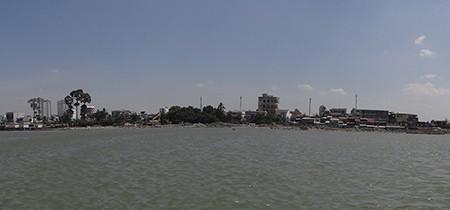 Cảnh lấp sông Đồng Nai trước giờ tạm ngưng - ảnh 9