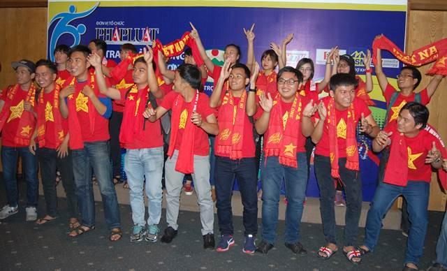 U19 Việt Nam đăng quang giải Fair Play 2014 - ảnh 13