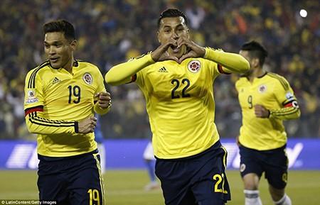 Neymar 'nổi điên', trận Brazil - Colombia kết thúc trong bạo lực - ảnh 7