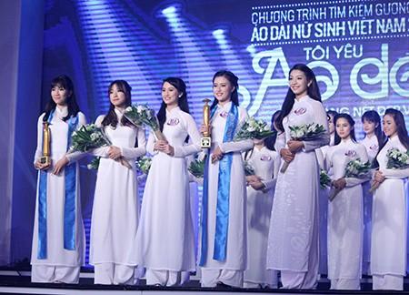 'Nữ sinh phong cách' Trần Bảo Như dịu dàng trong tà áo dài - ảnh 2