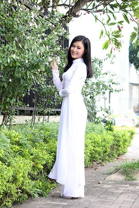 'Nữ sinh phong cách' Trần Bảo Như dịu dàng trong tà áo dài - ảnh 8