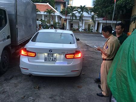 Truy đuổi xe taxi, gây tai nạn còn chống đối CSGT - ảnh 1