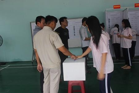 Hàng trăm học viên trại cai nghiện đi bầu cử - ảnh 5