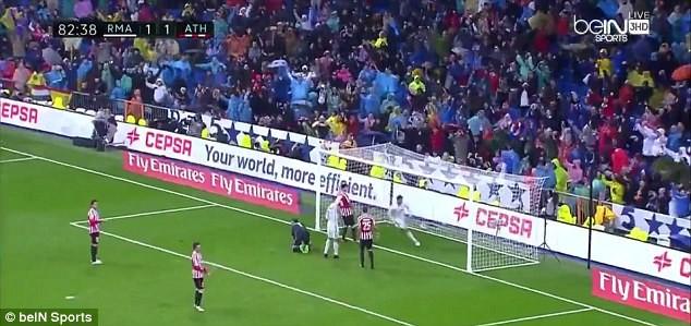 Ronaldo bị nghi tố đồng đội ghi bàn trong thế việt vị - ảnh 2