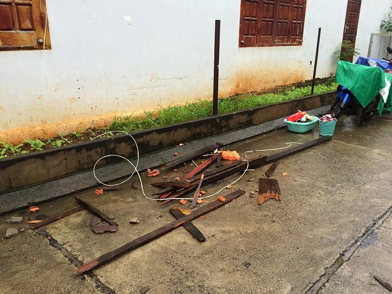 Bảo vệ nghiêm hiện trường vụ nổ ở Công an tỉnh Đắk Lắk - ảnh 2