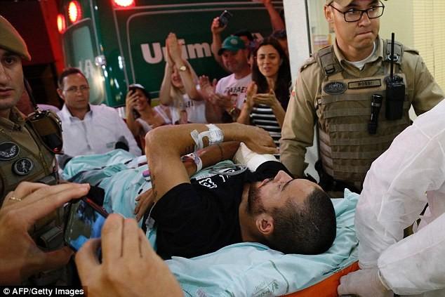 Vụ tai nạn rơi máy bay chở CLB Brazil: Giấc mơ kỳ lạ! - ảnh 1