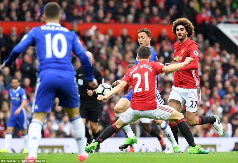 Nhìn lại màn đại chiến kinh điển giữa MU và Chelsea - ảnh 3