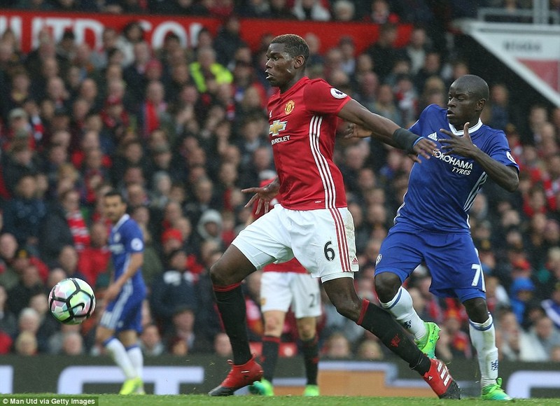 Nhìn lại màn đại chiến kinh điển giữa MU và Chelsea - ảnh 12