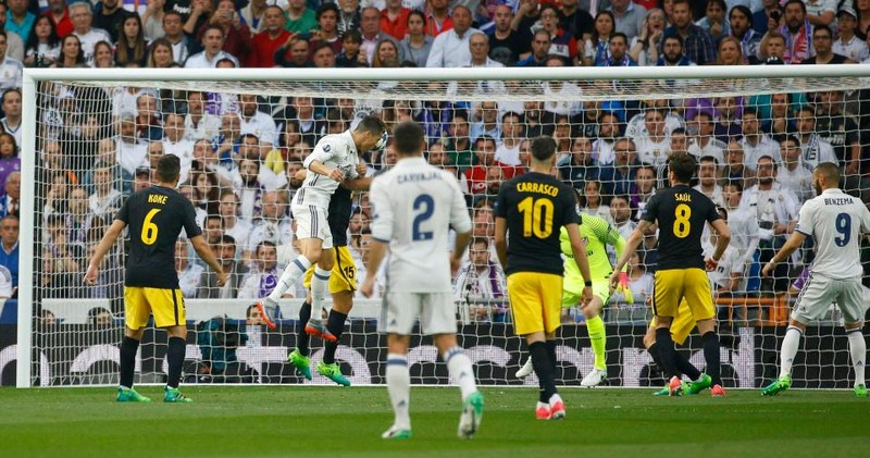 Ronaldo lập hattrick, Real nhấn chìm Atletico - ảnh 1