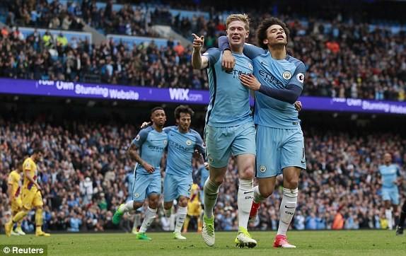 """Man City đẩy MU và Arsenal vào """"cuộc chiến"""" sống còn - ảnh 5"""