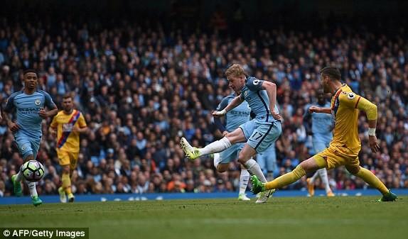 """Man City đẩy MU và Arsenal vào """"cuộc chiến"""" sống còn - ảnh 4"""