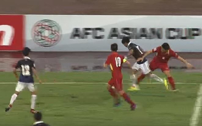 Việt Nam 5-0 Campuchia: Bất ngờ hàng công! - ảnh 1