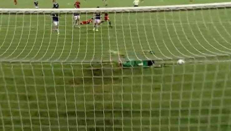 Việt Nam 5-0 Campuchia: Bất ngờ hàng công! - ảnh 18
