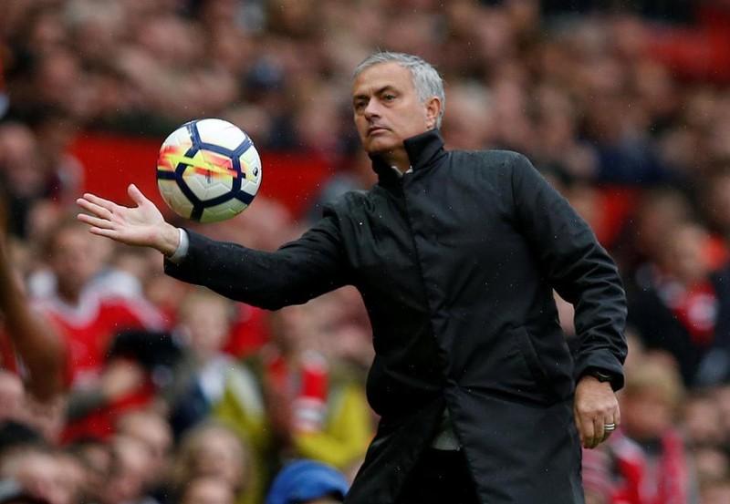 MU đưa ra đề nghị bất thường cho Mourinho - ảnh 1