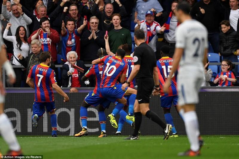 Man City hủy diệt Stoke, Chelsea thua sốc đội cuối bảng - ảnh 4