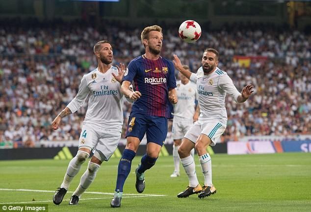 """MU lại vượt mặt Real Madrid, Ronaldo """"đỉnh"""" hơn Messi - ảnh 2"""