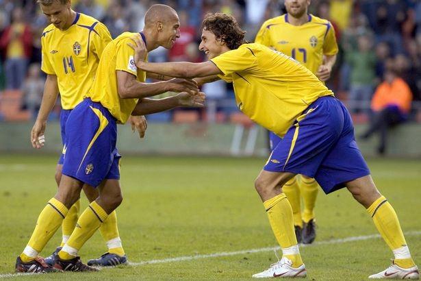 Thụy Điển đánh bại Ý, sao MU vẫn từ chối dự World Cup - ảnh 1