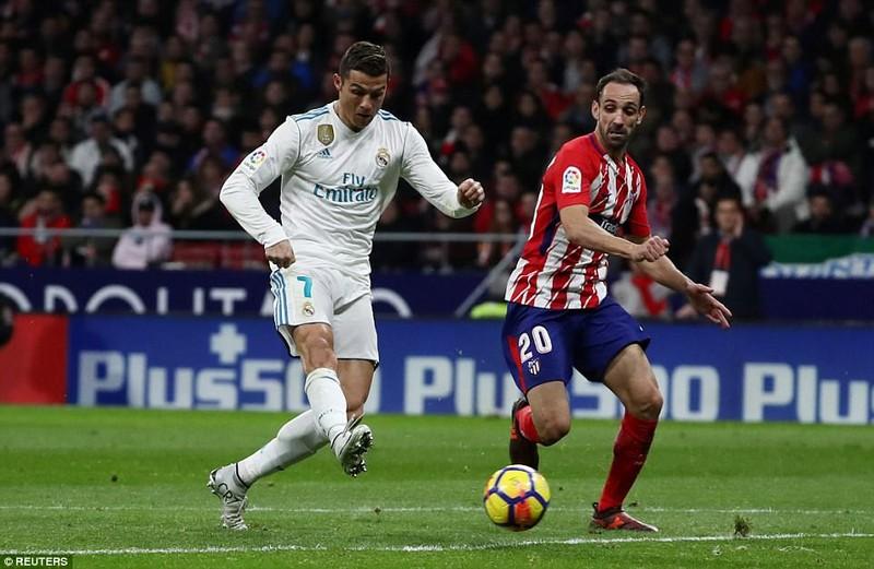 Derby thành Madrid nhạt nhòa, bạo lực và penalty... hụt - ảnh 6
