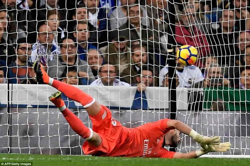 Ronaldo giải hạn, Real Madrid thắng nhọc - ảnh 2