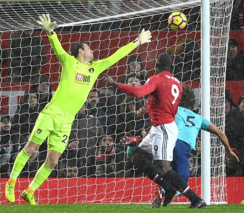 Nguyên nhân Lukaku lạnh lùng, không mừng bàn thắng - ảnh 2