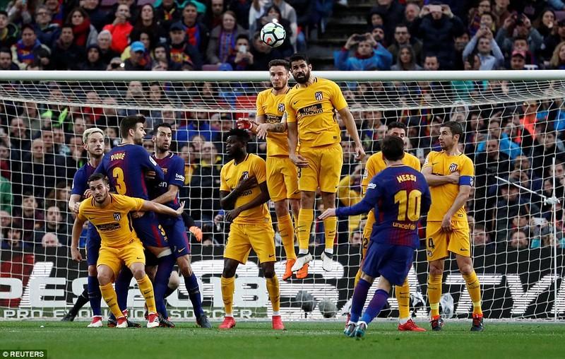 Messi ra chân thiên tài, Barcelona tiến gần ngôi vương - ảnh 3