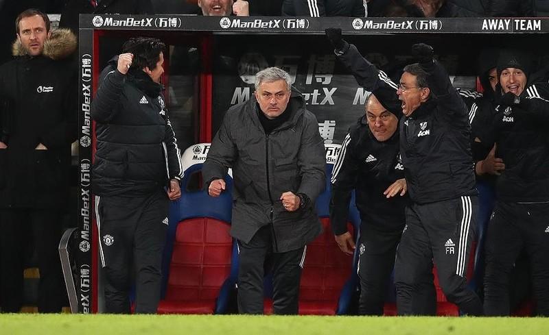 Mourinho bị FA điều tra vì quá tức giận - ảnh 2