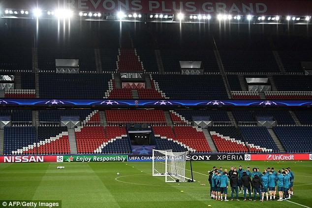 Real Madrid tập kín trước trận đấu của cả mùa giải - ảnh 3