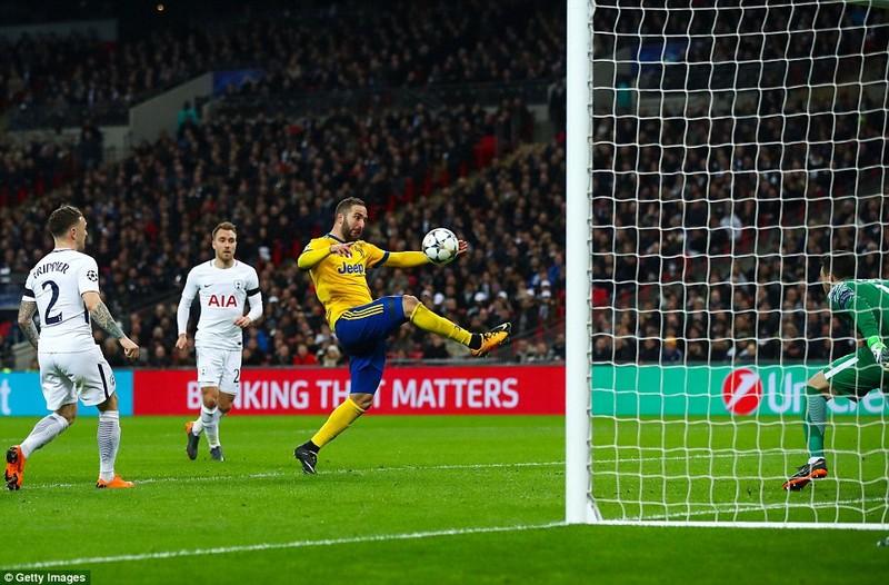 Ngược dòng 3 phút hạ Tottenham, Juve theo chân Man City - ảnh 3