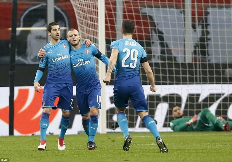 Arsenal đả bại AC Milan, Dortmund thua sốc - ảnh 2