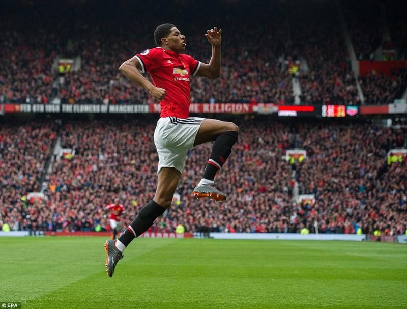 Mourinho quá cao tay tung Rashford, MU hạ gục Liverpool - ảnh 5