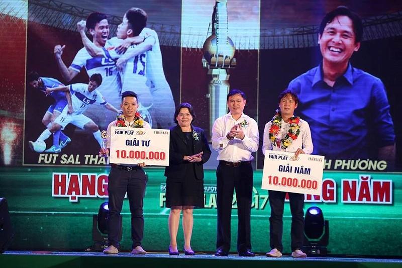 Văn Toàn giành cú đúp giải thưởng Fair Play 2017 - ảnh 5