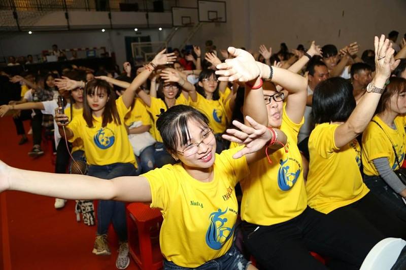 Văn Toàn giành cú đúp giải thưởng Fair Play 2017 - ảnh 40