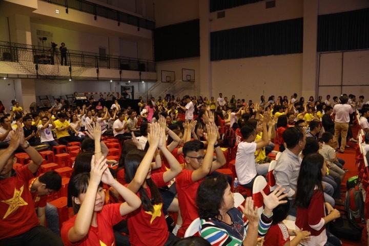 Văn Toàn giành cú đúp giải thưởng Fair Play 2017 - ảnh 38