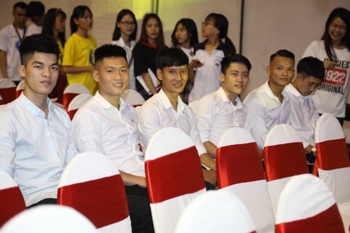 Văn Toàn giành cú đúp giải thưởng Fair Play 2017 - ảnh 21