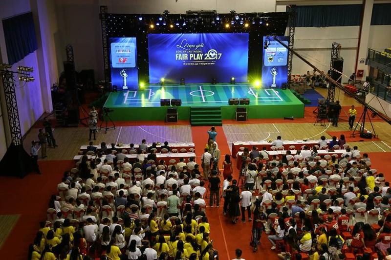 Văn Toàn giành cú đúp giải thưởng Fair Play 2017 - ảnh 16