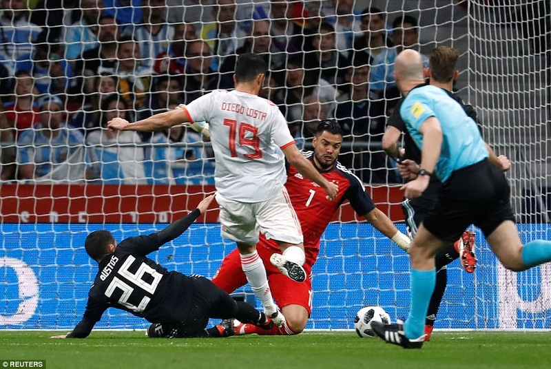 Tây Ban Nha vùi dập Argentina với tỉ số không tưởng - ảnh 2