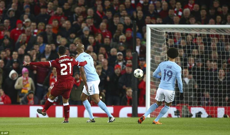 Liverpool đè bẹp Man. City, Guardiola ôm đầu ngao ngán - ảnh 4