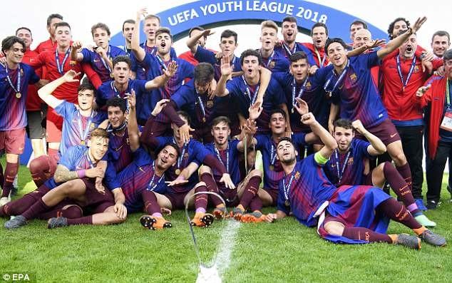 Sao trẻ 17 tuổi giúp Barcelona đả bại Chelsea vô địch châu Âu - ảnh 5