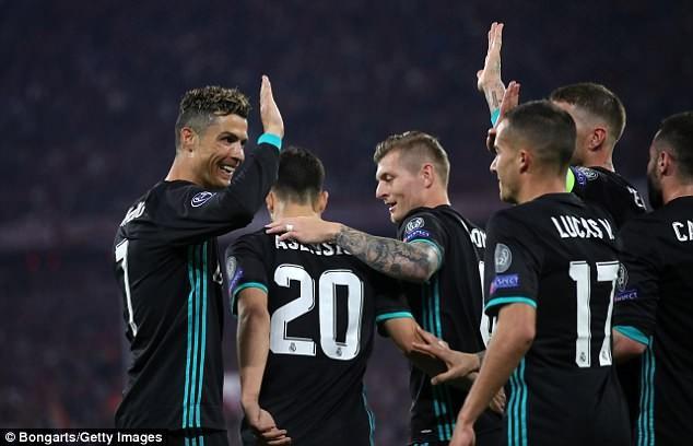 Ronaldo lại đi vào lịch sử Champions League bằng 1 kỷ lục - ảnh 2