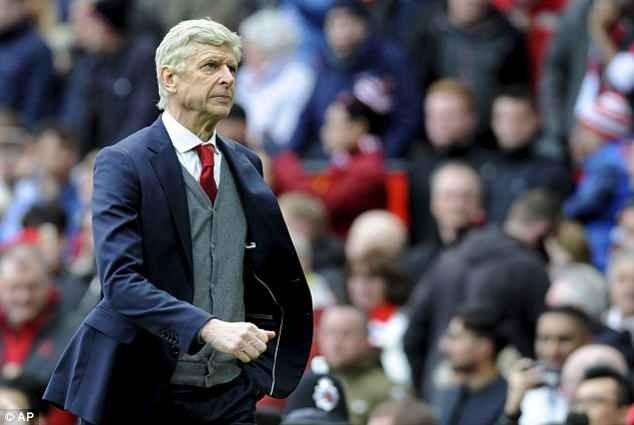 Sốc: HLV thể lực của MU là ứng viên thay thế Wenger ở Arsenal - ảnh 2