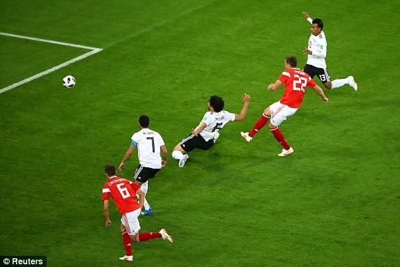 Salah ghi bàn nhờ VAR, Ai Cập vẫn thua thảm chủ nhà Nga - ảnh 4