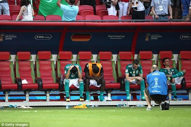 Neuer: 'Đây không phải là tuyển Đức, thật là thảm hại' - ảnh 3