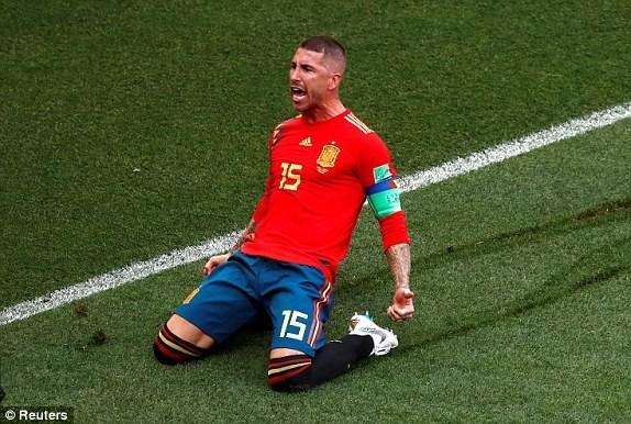 Nga tử thủ chờ penalty, Ramos khóc hận vì Akinfeev - ảnh 6