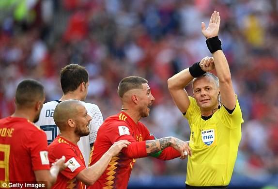 Nga tử thủ chờ penalty, Ramos khóc hận vì Akinfeev - ảnh 8