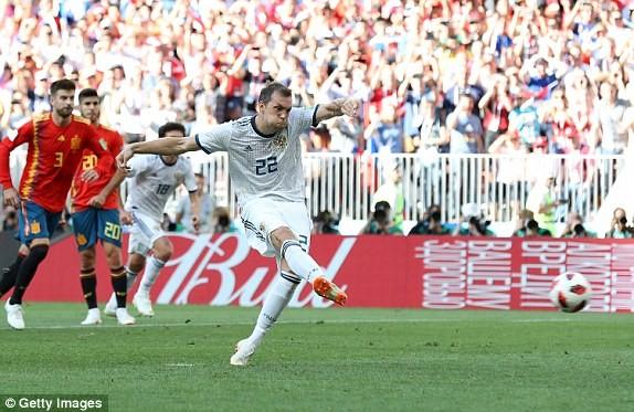 Nga tử thủ chờ penalty, Ramos khóc hận vì Akinfeev - ảnh 9