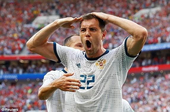 Nga tử thủ chờ penalty, Ramos khóc hận vì Akinfeev - ảnh 10