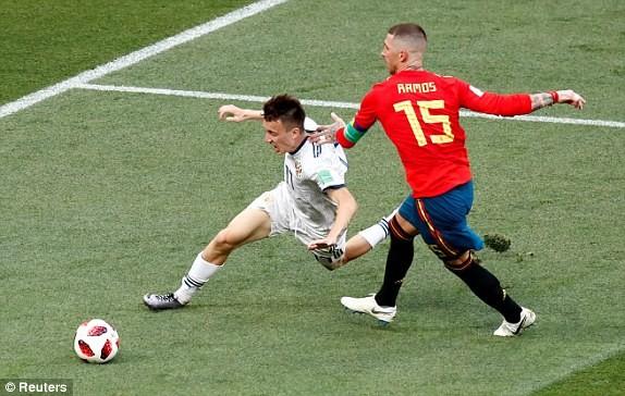 Nga tử thủ chờ penalty, Ramos khóc hận vì Akinfeev - ảnh 12