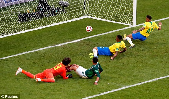Neymar rực sáng, Brazil khiến Mexico 'ôm hận' 7 lần liên tiếp - ảnh 6